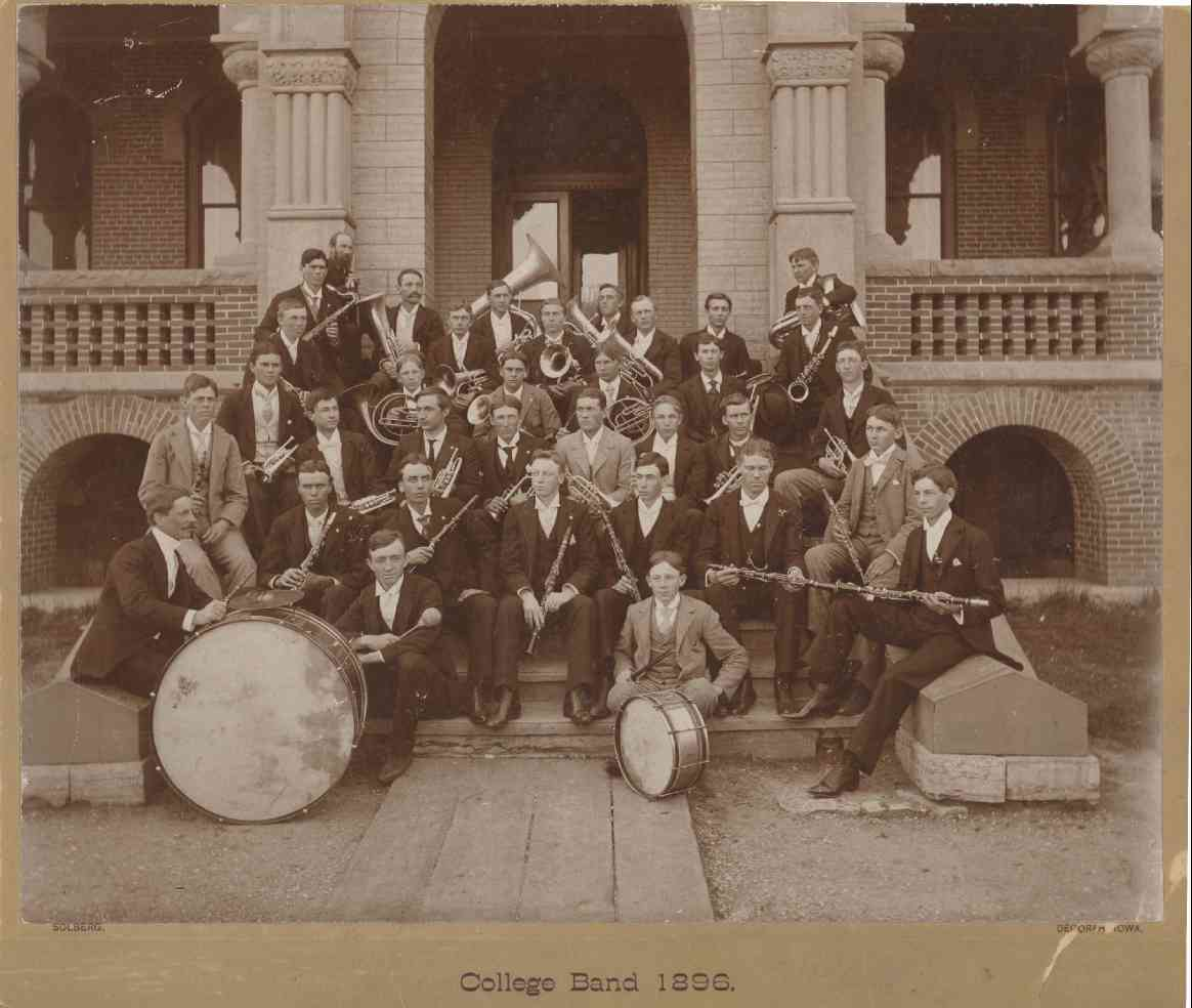 DecorahLutherBand1896