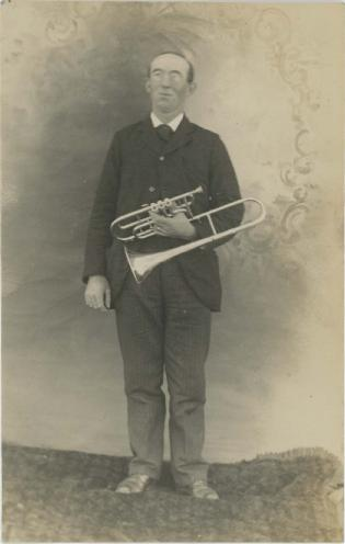 Dundeetrombonists1908pm